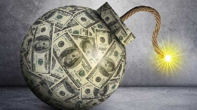 خناق الدولار... يشتدّ